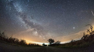 Lyrid meteor shower 2018: 8 stunning photos of the celestial display