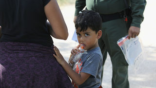 Trump border policy: How to help immigrant children separated from families