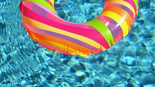 WATCH: Thieves steal kiddie pool from family