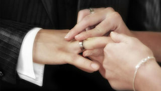 Marriage may lower risk of heart attack, stroke, study suggests