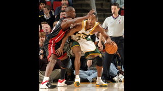 Dwyane Wade says he wants to bring Sonics back to Seattle