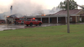 Memphis funeral home hit by lightning, burns down moments before service