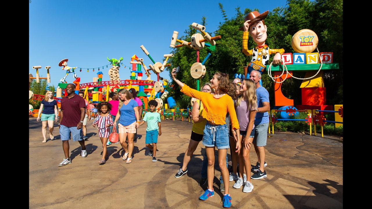 Photos Toy Story Land Opens At Walt Disney World Hollywood Studios