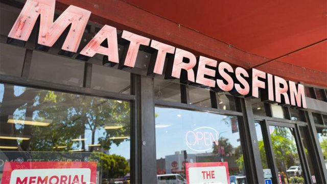 Shooting Deaths At Mattress Stores In Houston Are Linked Police Say