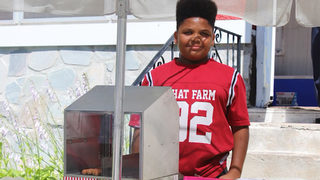 City helps teen get permit for hot dog stand instead of permanently shutting him down