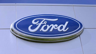 Ford recalling 550,000 Fusions, Escapes because vehicles could unexpectedly roll away