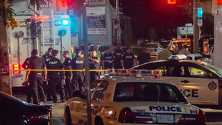 Toronto shooting: 2 killed, suspect dead after gunman shoots 14 in Greektown, police say