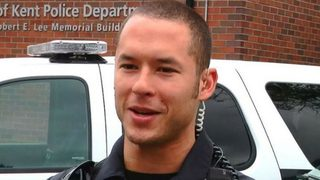 Police officer killed in crash while pursuing suspect in Washington state