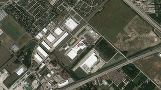 Texas shooting: 2 dead, including suspect, after woman opens fire at food warehouse, police say