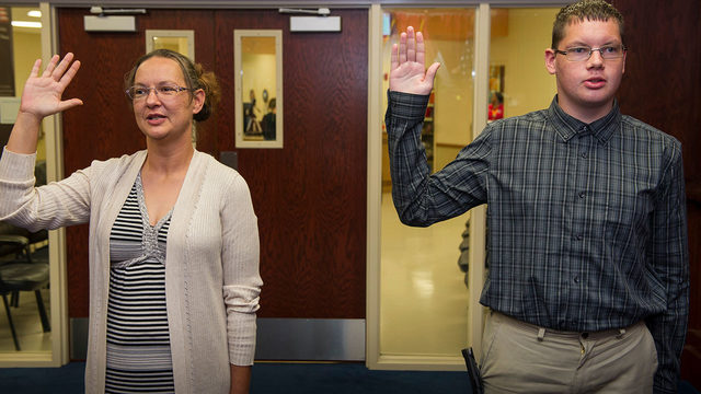 Mom Joins Son At Military Recruiting Center Both Sign Up For Navy