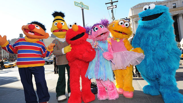 Sesame Street' introduces family of Julia, muppet with