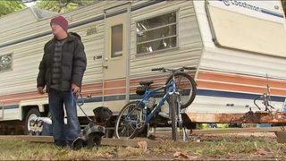 Homeless man lands job, place to live after town rallies behind him