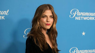 Selma Blair reveals she has multiple sclerosis, wants to 'give hope