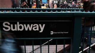 Police looking for man who punched 63-year-old woman on New York subway