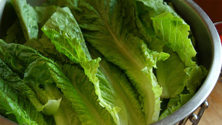 California farm tied to romaine lettuce E. coli outbreak, recalls more lettuce