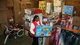 Secret Santa Pays Off Layaway Bills at Nevada Walmart
