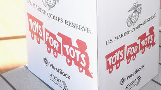 Police say people posed as Toys for Tots volunteers, stole thousands of toys