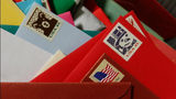 Lonely veteran flooded with Christmas cards after pizza shop