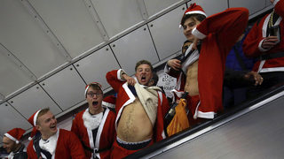 At least 4 officers injured during NJ SantaCon