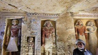Archaeologists discover 4,400 year-old tomb in Egypt