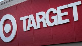 Good Samaritans prevent robbery of 80-year-old woman at Target