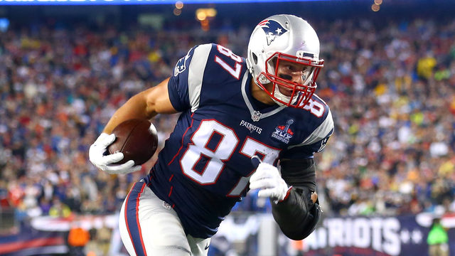 Tom Brady reacts as Rob Gronkowski announces retirement from NFL  0341d04d1