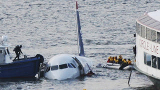 Miracle on the Hudson: Bond forged by passengers, crew continues 10 years later