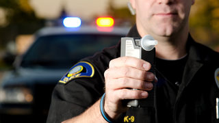 Police seek volunteers to get drunk, take sobriety tests for officer training