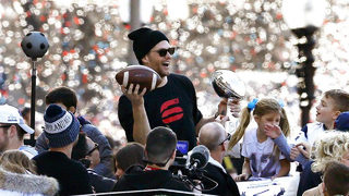 Photos: Patriots, Boston celebrate 6th Super Bowl win