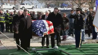 Hundreds turn out for funeral of WWII veteran with no surviving family