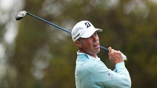 Pro golfer Matt Kuchar apologizes after caddie-tipping furor