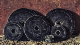 Michigan weightlifter uses muscle to help rescue man injured in SUV