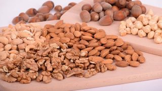 These types of nuts could prevent heart attacks, strokes, study finds