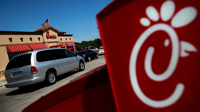 CHICK-FIL-A LAWSUIT: Georgia woman sues Chick-fil-A over