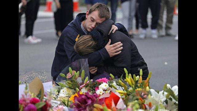 Christchurch Shooting Video Gallery: Photos: Memorials Honor New Zealand Mosque Shooting