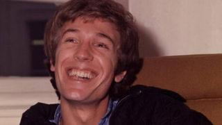Former 1960s British teen singing idol Scott Walker dead at 76