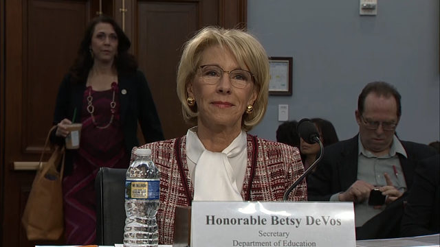 Special Education Chiefs To Devos Dont >> Trump Pulls Back On 17 6m Cut To Special Olympics Funding Wsb Tv