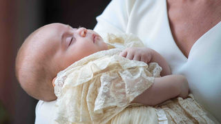 Royals release new photos of Prince Louis ahead of his first birthday
