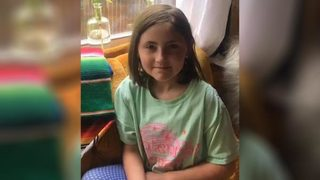 Amber Alert: Texas girl, 8, kidnapped while walking with mother in Fort Worth, police say