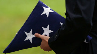 Thousands attend funeral for veteran with no family