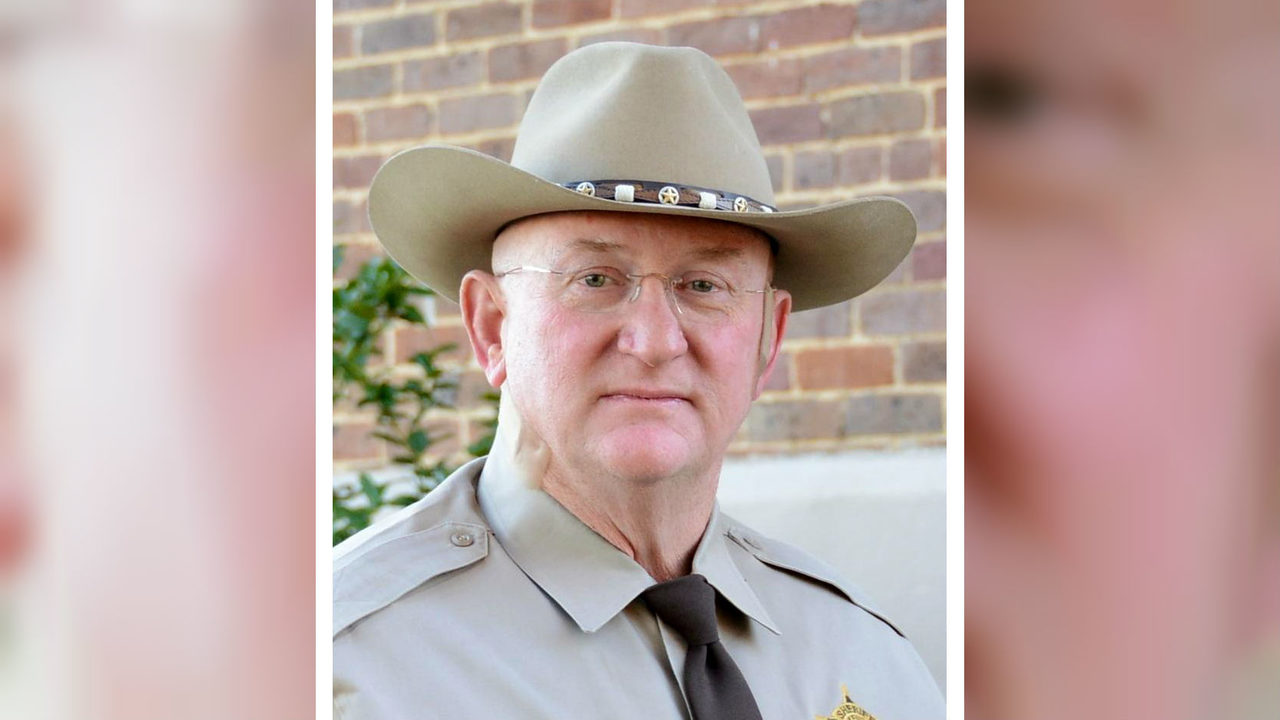 Alabama sheriff admits keeping $400,000 in jail feeding
