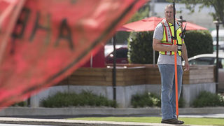 Cops pose as utility workers to catch distracted drivers