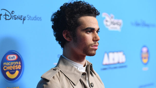 Cameron Boyce Jessie And Descendants Star Dead At Age 20 Family Says