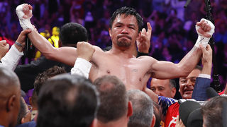 Photos: Manny Pacquiao beats Keith Thurman by split decision