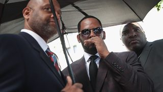 R. Kelly crisis manager steps down after saying he wouldn