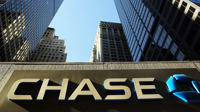 Chase bank forgives debt for Canadian credit card customers | WSB-TV