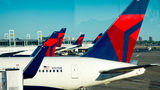 Mysterious fog on Delta flight leaves passengers shaken