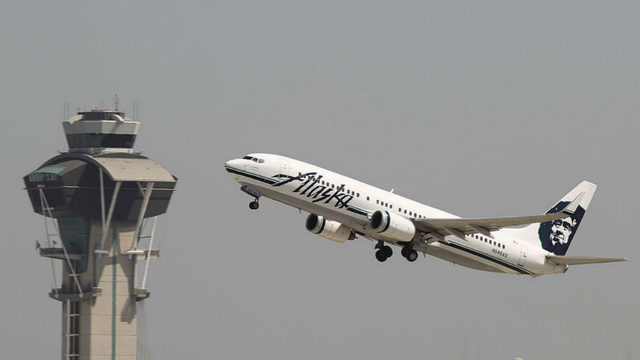 Alaska Airlines loses 13-year-old girl, father says | www