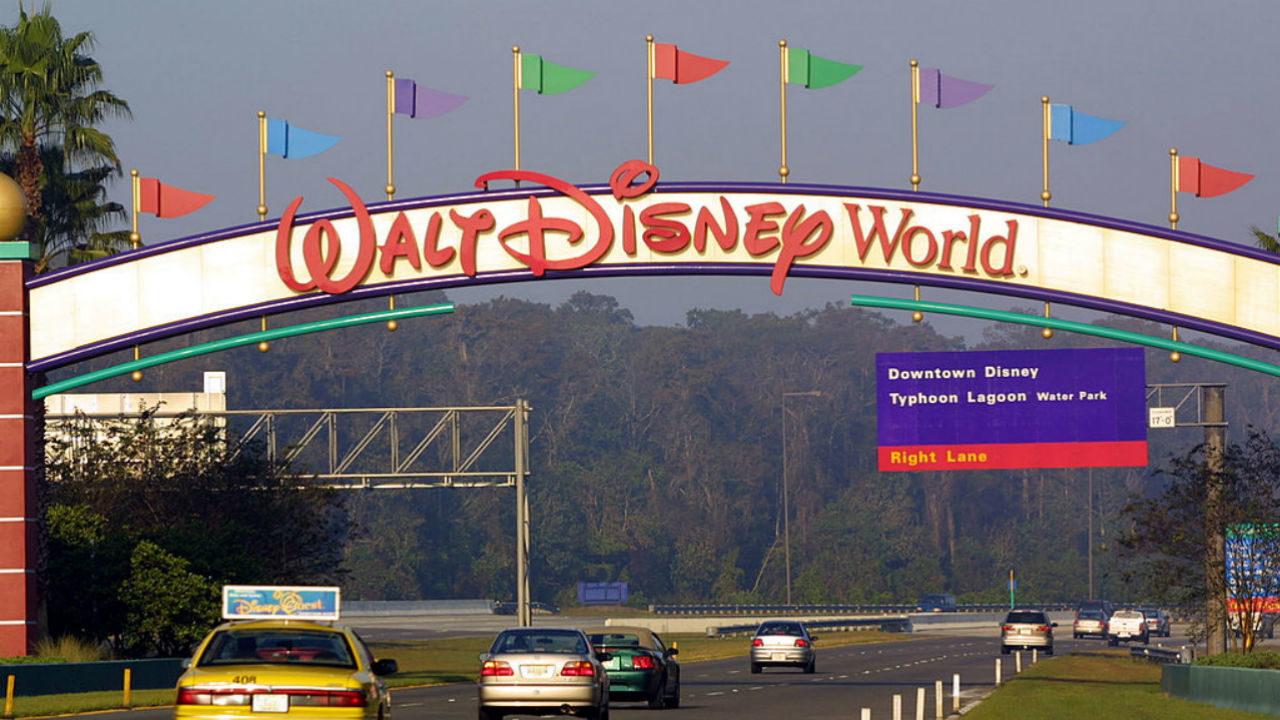 Hurricane policies for Florida theme parks