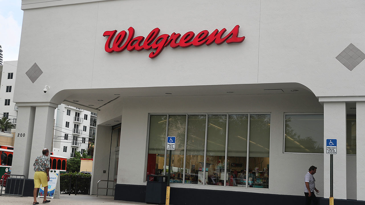 Walgreens, CVS, Wegmans ask customers not to openly carry